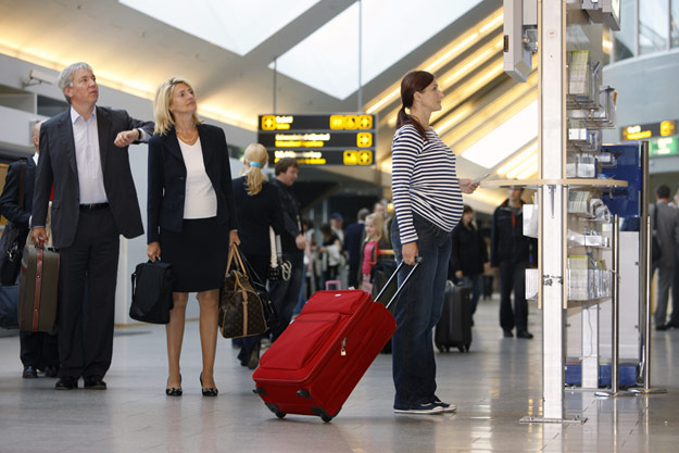 lapseootel reisija You don't have to stop travelling when you're pregnant. You can travel and ...